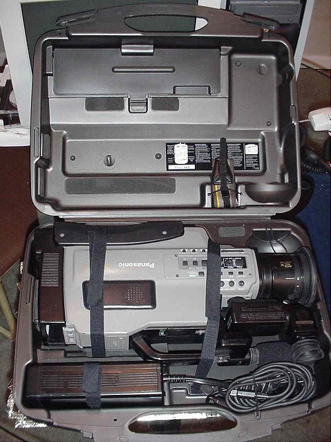 Used good cond. Panasonic AG456 S-VHS Camcorder video corder camcorders