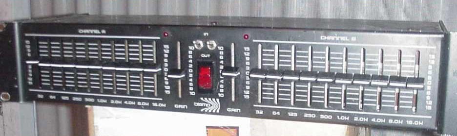 BIAMP EQ 210 Stereo 10 Band Graphic Equalizer